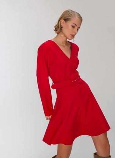 People By Fabrika Kesik Detaylı Elbise Kırmızı